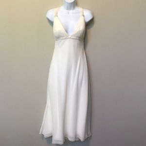 David's Bridal wedding dress size 8, ivory